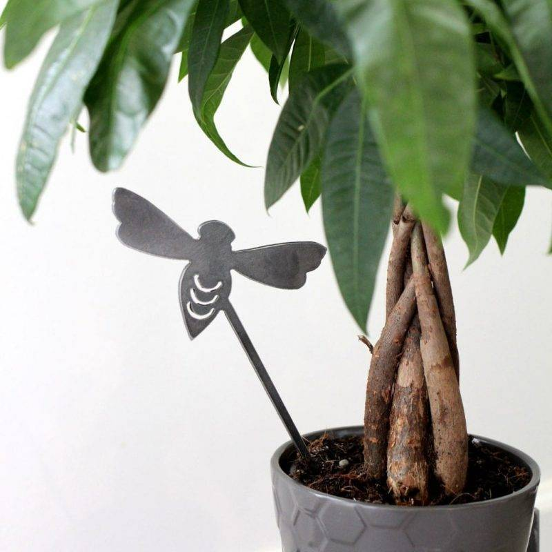 Bumble Bee Plant Stake Home & Garden Home Goods